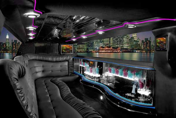 Chrysler 300 limo interior norfolk