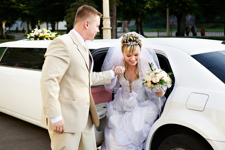 wedding transportation limo Service norfolk